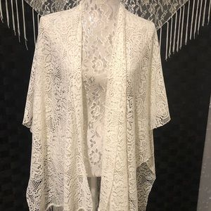 Shawl- Off White w/ Fringe